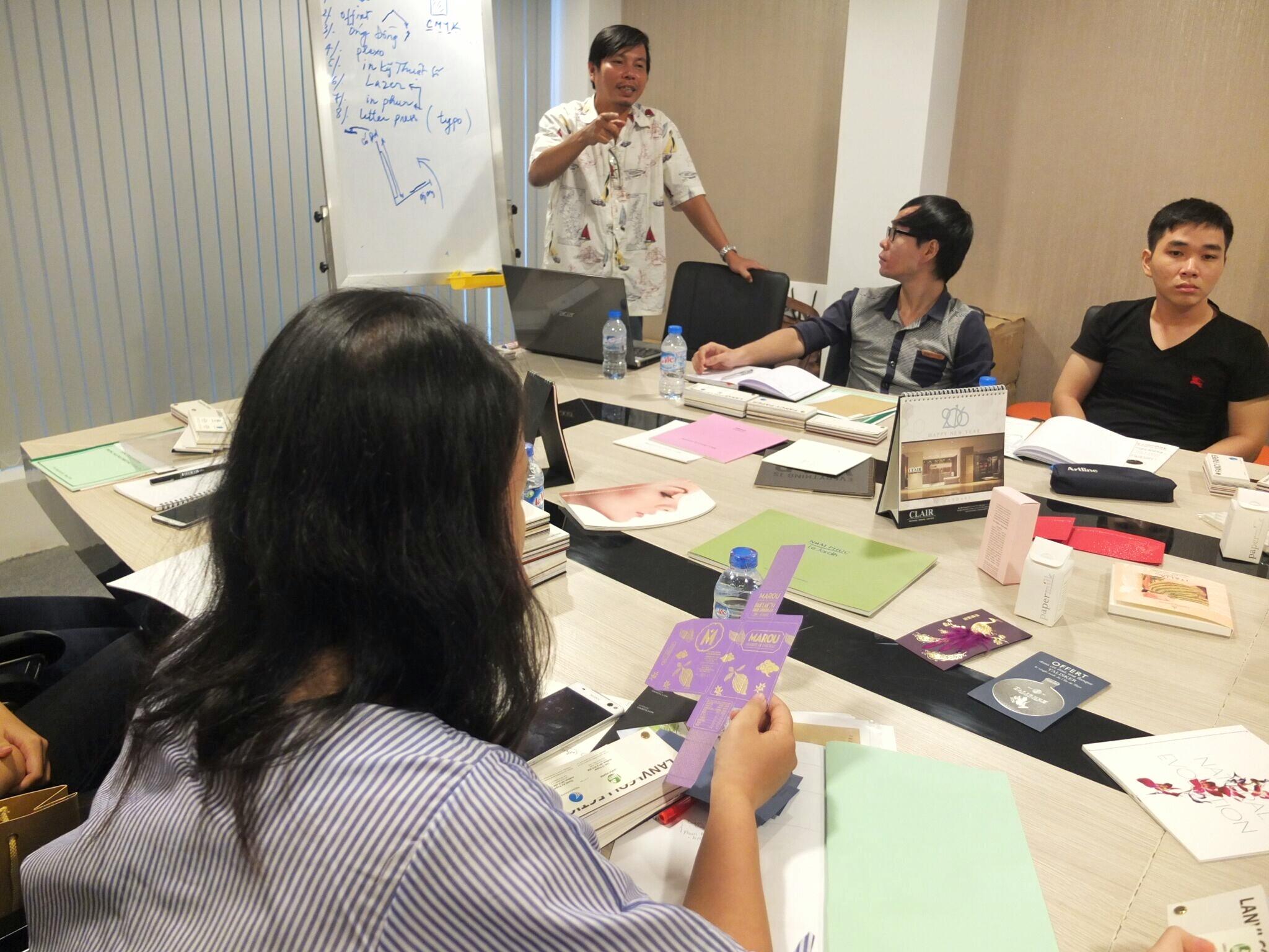 Giấy Lan Vi | Training về giấy và kĩ thuật in tháng 9 - 2016